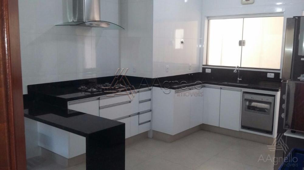 Comprar Casa / Padrão em Franca. apenas R$ 399.000,00