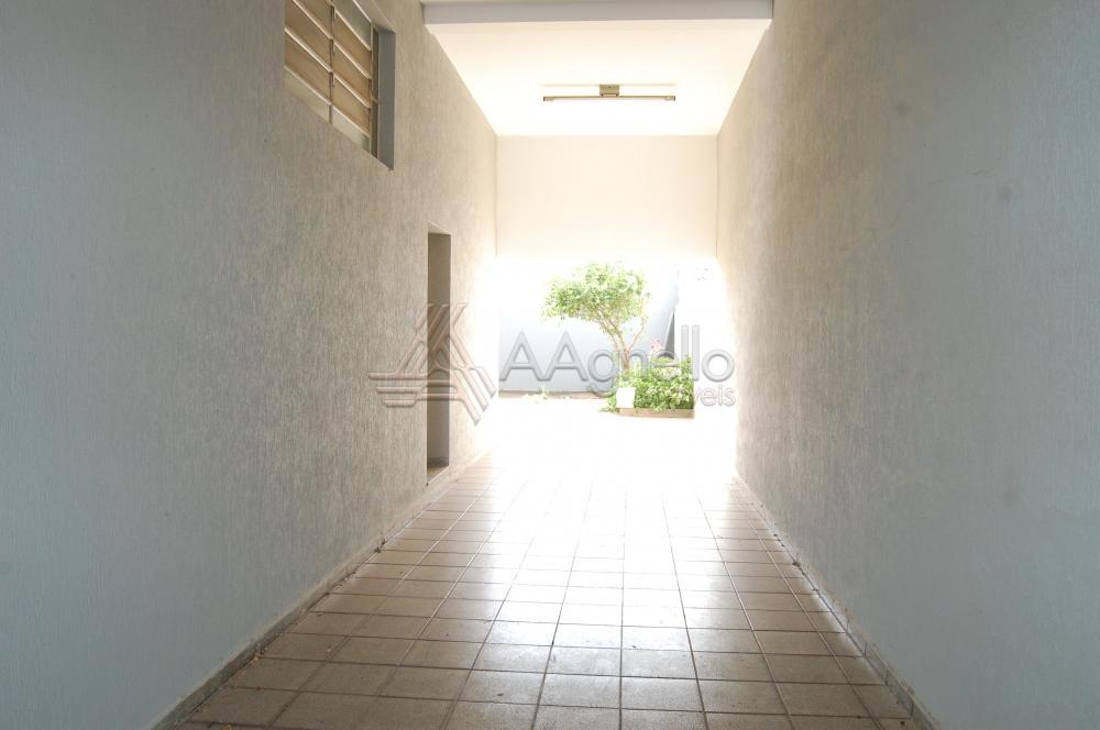 Alugar Apartamento / Padrão em Franca. apenas R$ 2.200,00