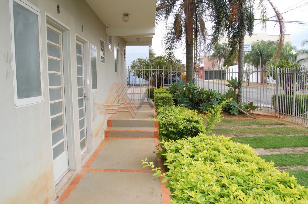 Alugar Apartamento / Kitnet em Franca R$ 400,00 - Foto 3