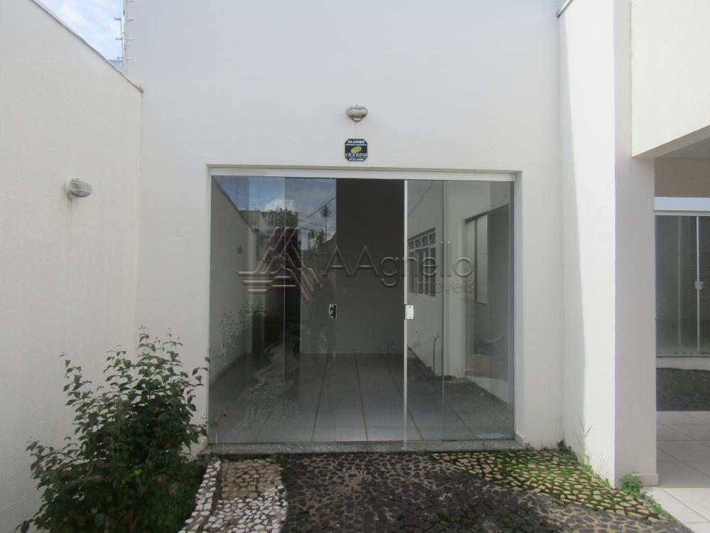 Alugar Comercial / Sala em Franca. apenas R$ 700,00