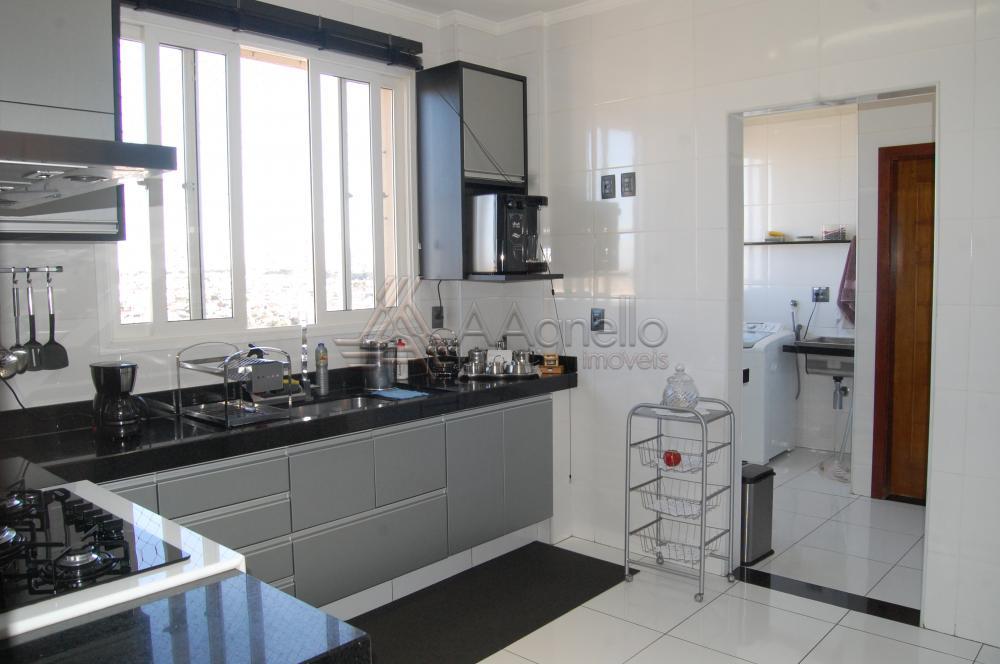 Comprar Apartamento / Padrão em Franca apenas R$ 750.000,00 - Foto 4