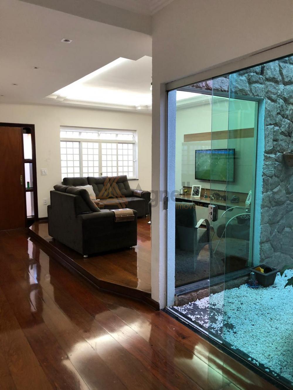 Comprar Casa / Padrão em Franca apenas R$ 450.000,00 - Foto 2