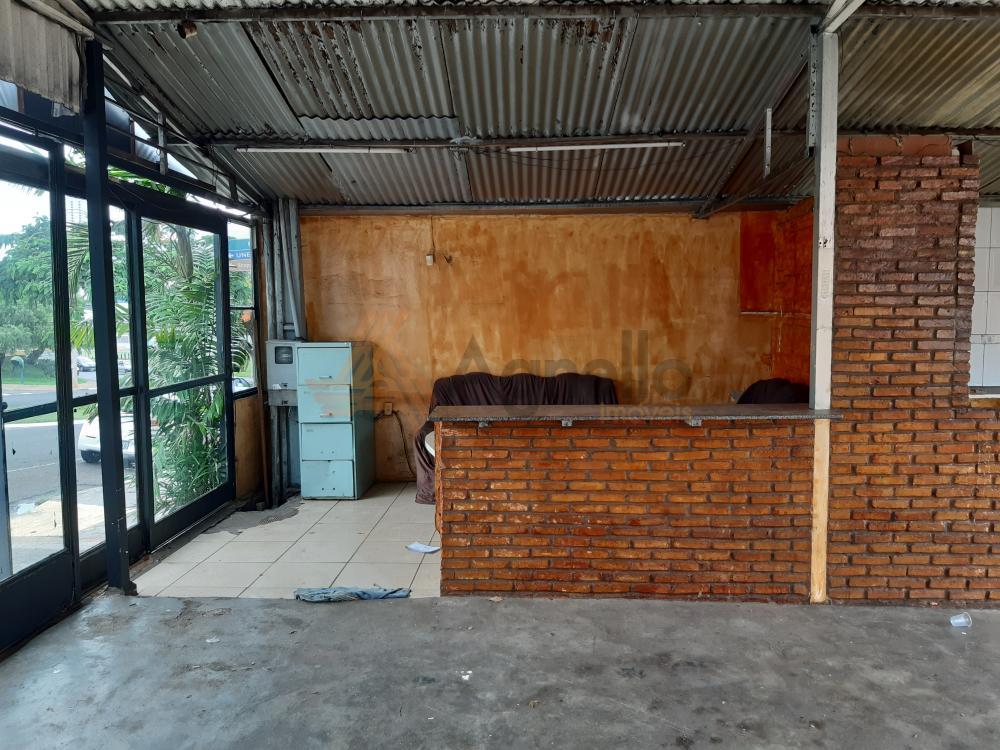 Alugar Comercial / Garagem em Franca R$ 2.000,00 - Foto 4