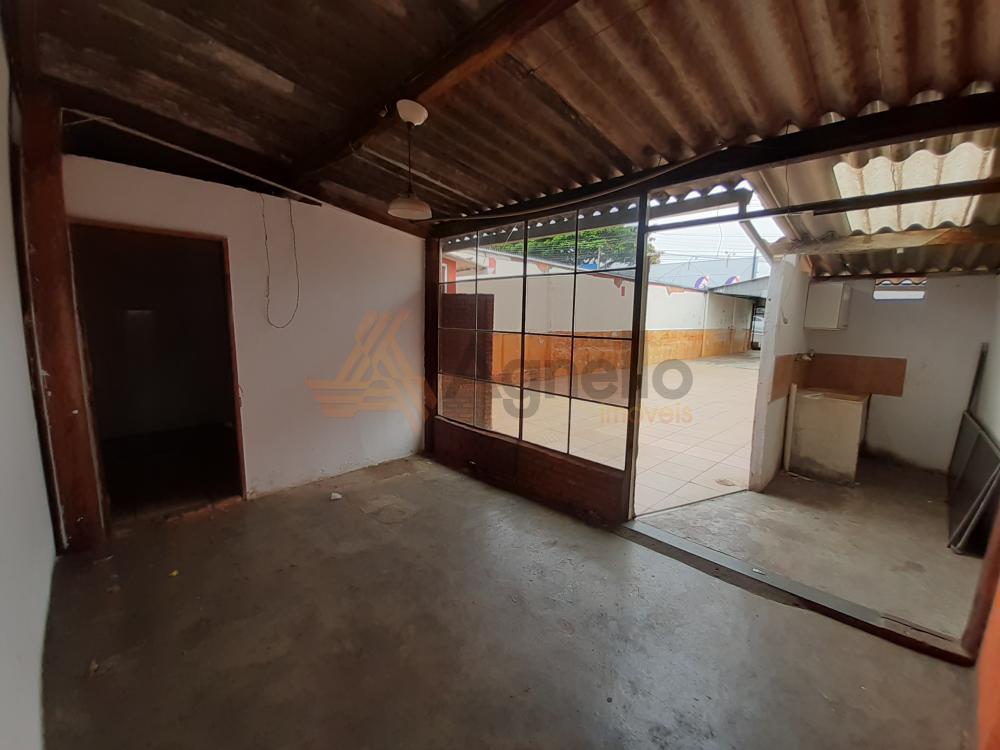 Alugar Comercial / Garagem em Franca R$ 2.000,00 - Foto 6