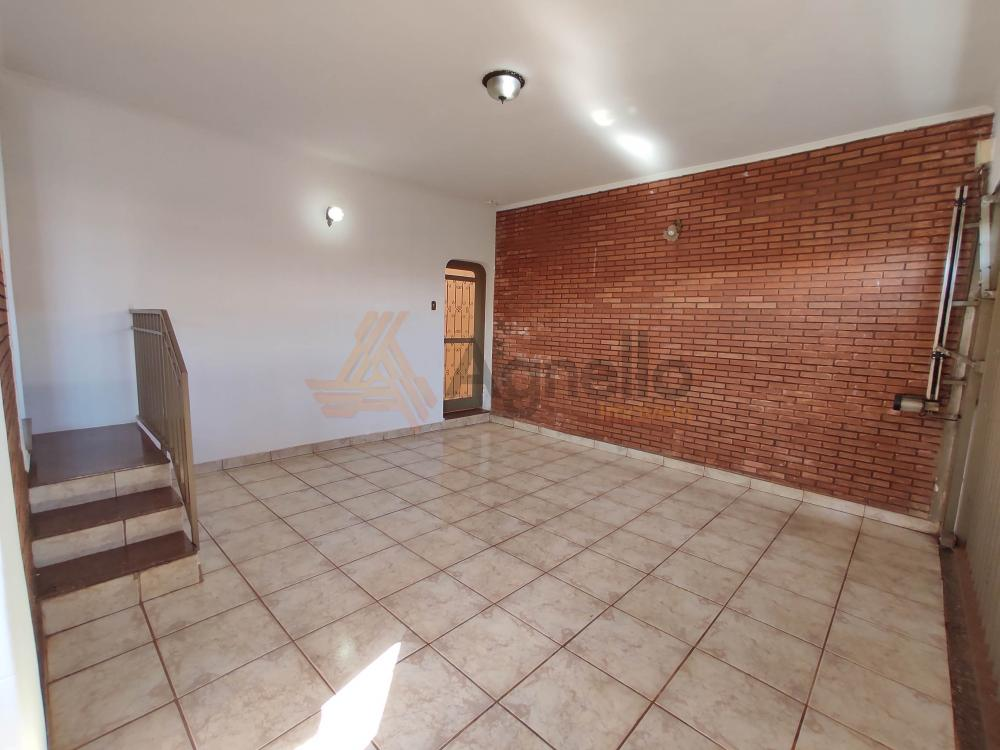 Alugar Casa / Bairro em Franca R$ 1.400,00 - Foto 2