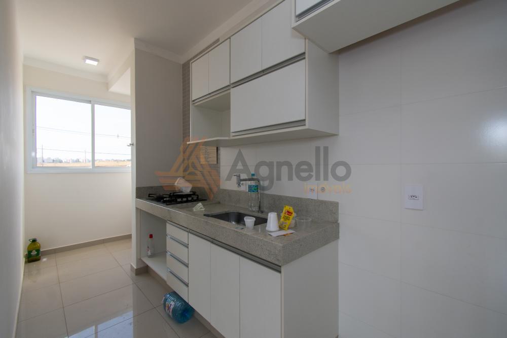 Alugar Apartamento / Padrão em Franca R$ 1.300,00 - Foto 3