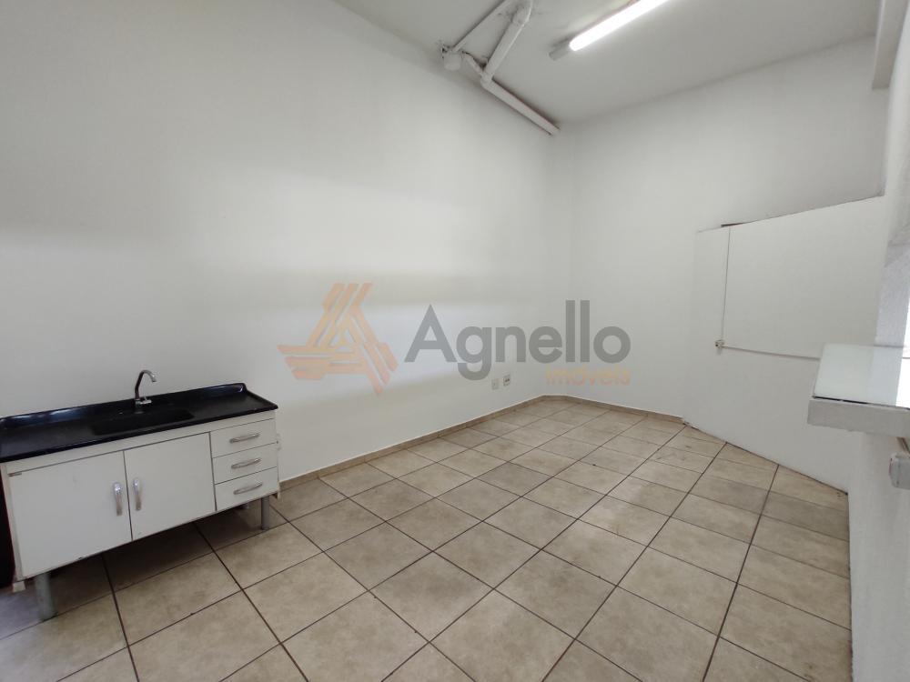 Alugar Comercial / Loja em Franca R$ 2.500,00 - Foto 7