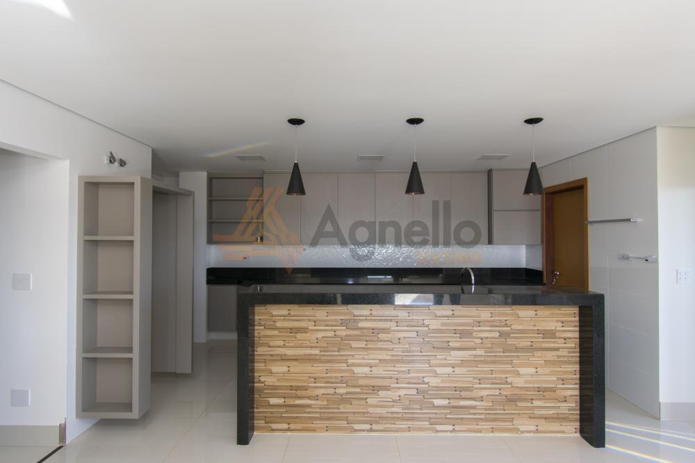 Comprar Apartamento / Cobertura em Franca R$ 1.500.000,00 - Foto 1
