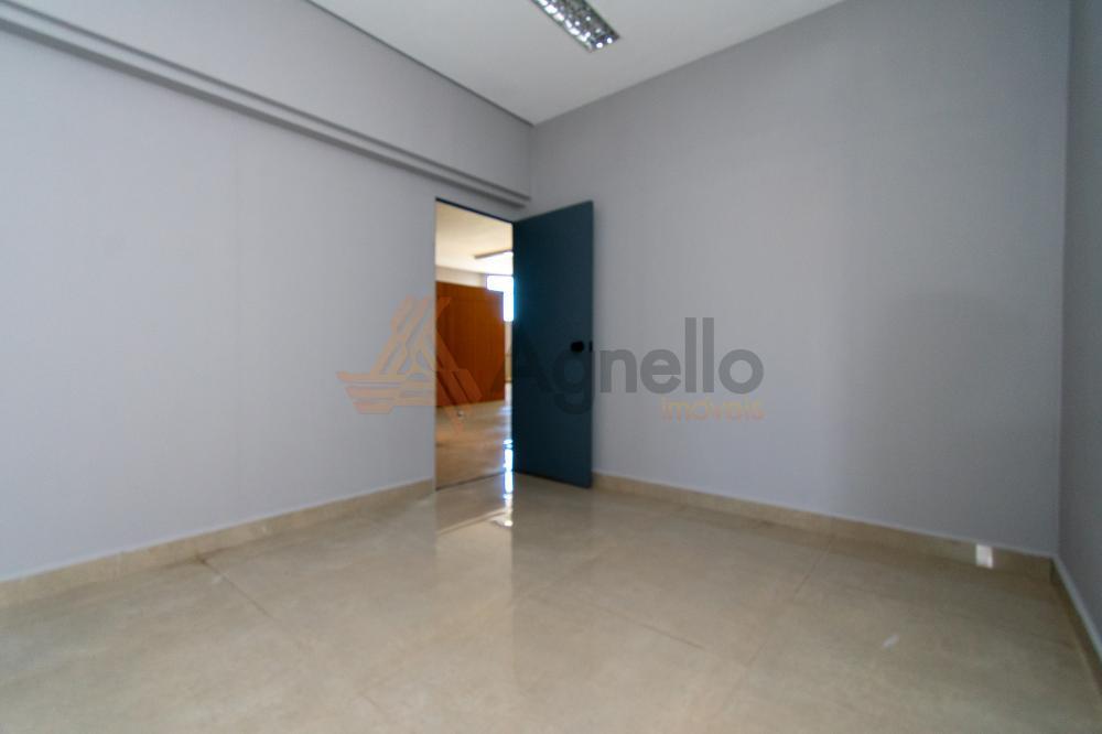Alugar Comercial / Prédio em Franca R$ 4.500,00 - Foto 12