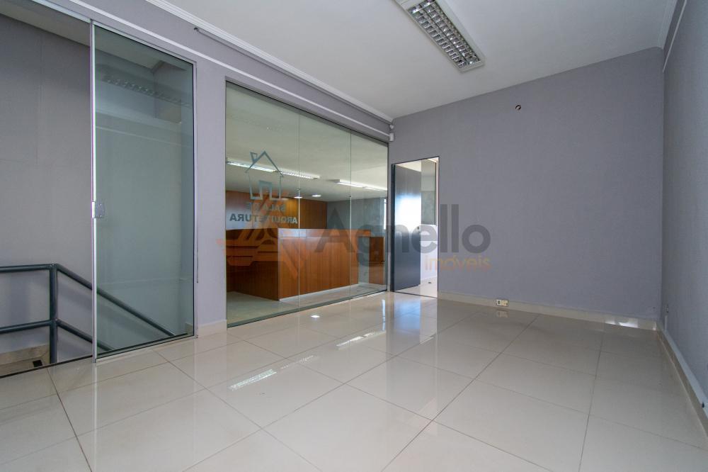 Alugar Comercial / Prédio em Franca R$ 4.500,00 - Foto 14