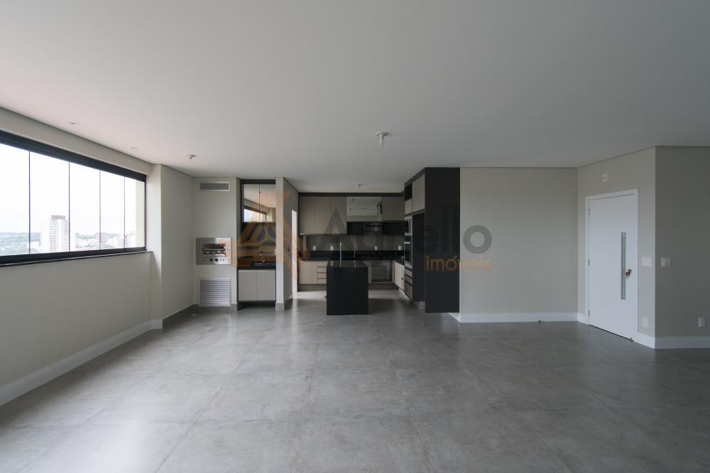 Franca Apartamento Locacao R$ 3.300,00 Condominio R$800,00 3 Dormitorios 3 Suites Area construida 237.31m2