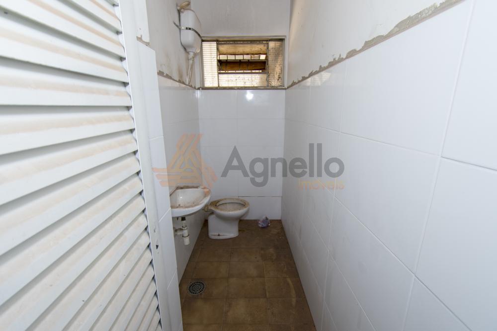 Alugar Comercial / Garagem em Franca R$ 1.200,00 - Foto 3