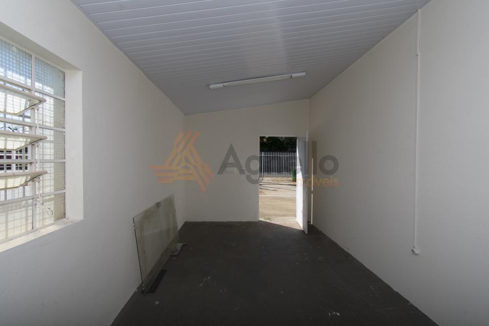 Alugar Comercial / Sala em Franca R$ 600,00 - Foto 2