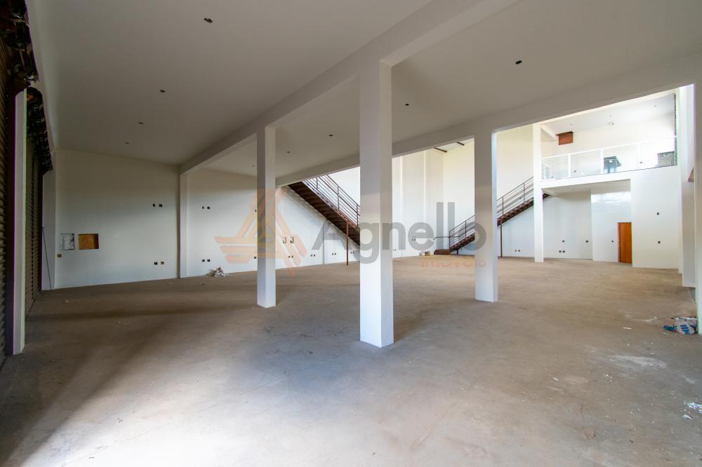Alugar Comercial / Galpão em Franca R$ 5.000,00 - Foto 2