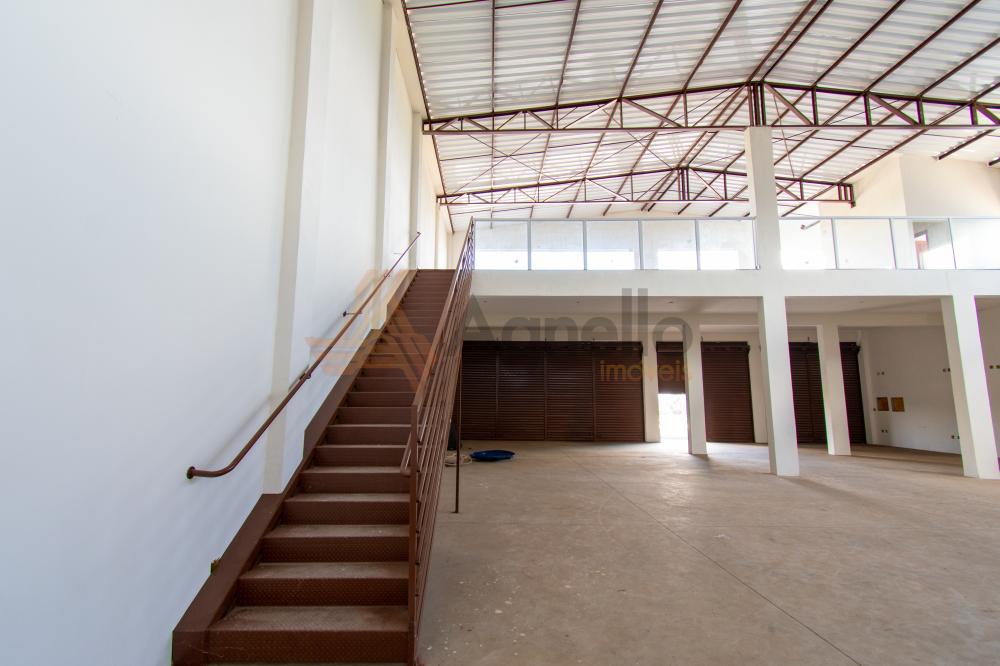 Alugar Comercial / Galpão em Franca R$ 6.000,00 - Foto 9