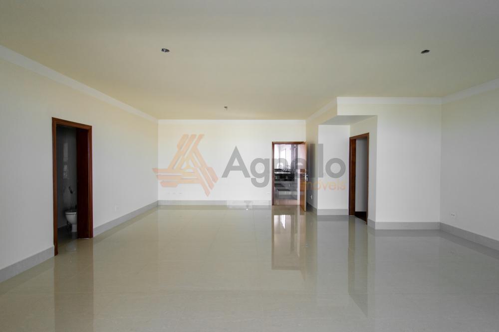 Comprar Apartamento / Padrão em Franca R$ 1.700.000,00 - Foto 2