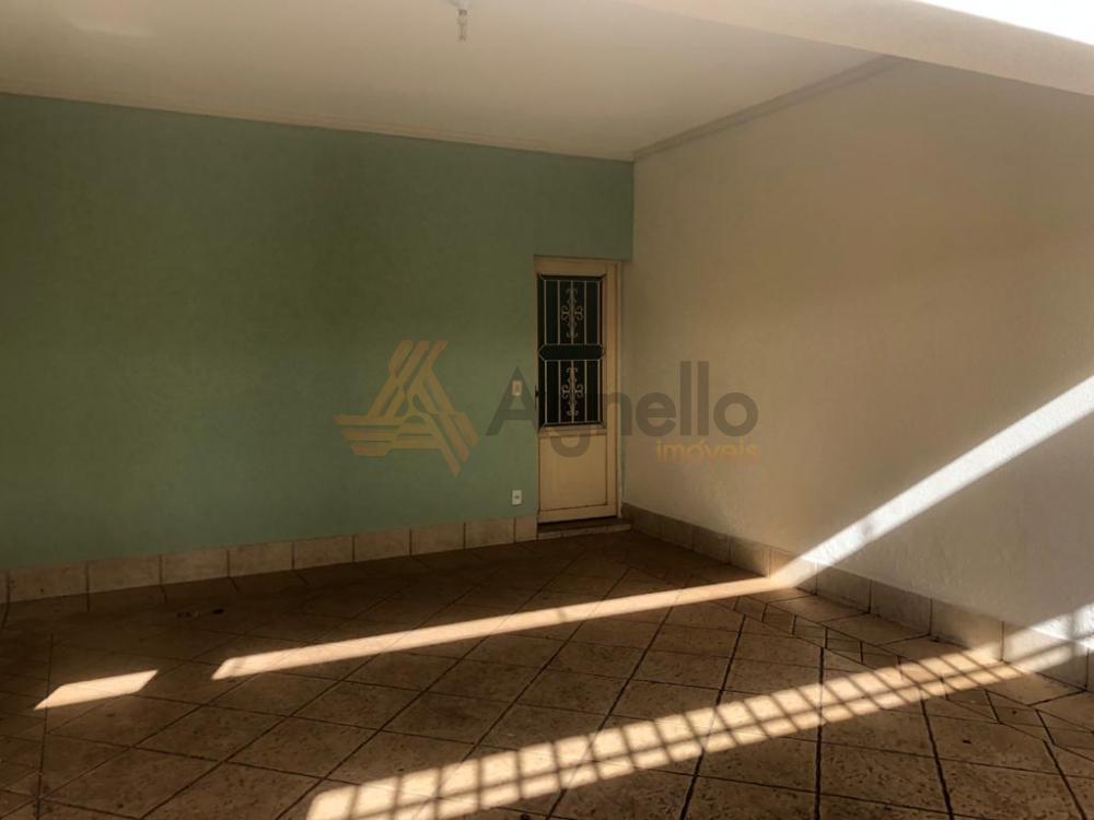 Comprar Casa / Bairro em Franca R$ 330.000,00 - Foto 1