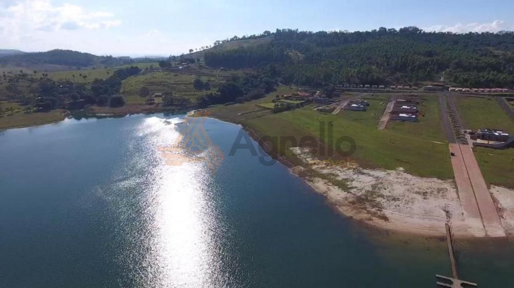 Comprar Terreno / Condomínio em Cássia R$ 250.000,00 - Foto 4