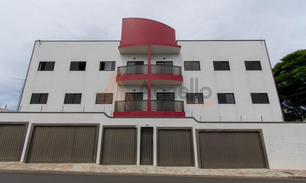 Alugar Apartamento / Padrão em Franca R$ 1.100,00 - Foto 1