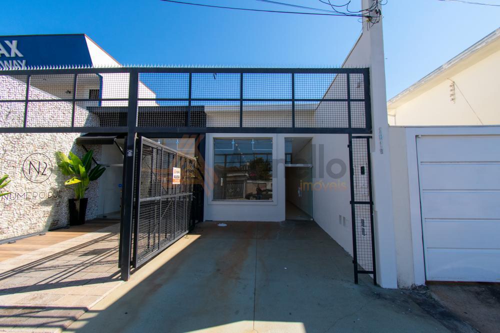Alugar Comercial / Prédio em Franca R$ 2.800,00 - Foto 1
