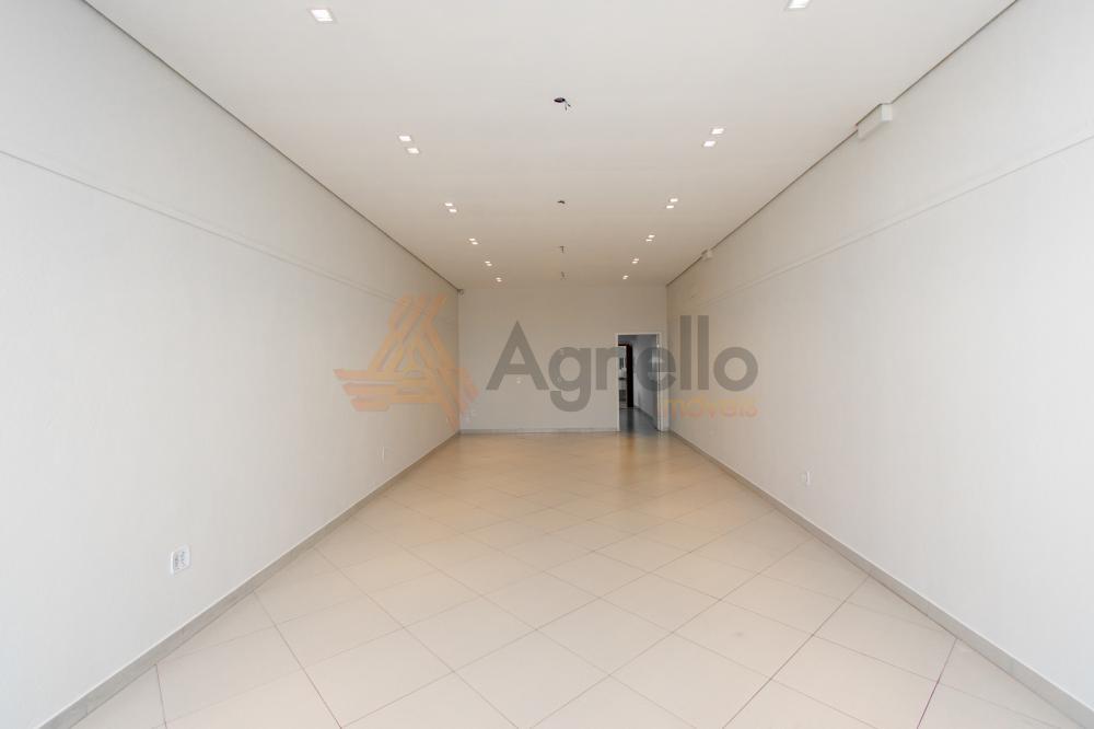 Alugar Comercial / Prédio em Franca R$ 2.800,00 - Foto 3