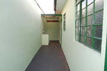 Alugar Casa / Bairro em Franca R$ 900,00 - Foto 2