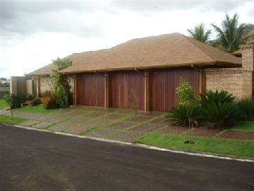 Alugar Casa / Condomínio em Franca. apenas R$ 3.800.000,00