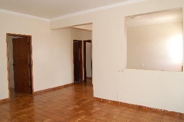 Alugar Apartamento / Padrão em Franca R$ 800,00 - Foto 5