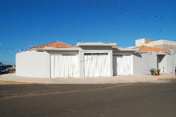 Alugar Casa / Padrão em Franca. apenas R$ 900,00