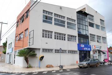 Alugar Comercial / Sala em Franca. apenas R$ 2.000,00