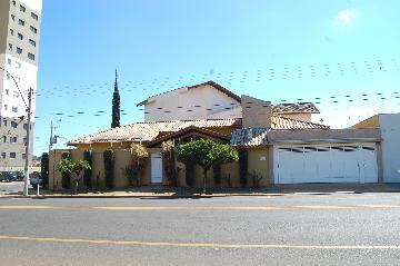 Alugar Casa / Padrão em Franca. apenas R$ 2.800,00