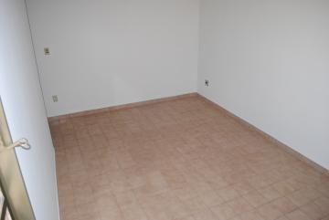 Alugar Apartamento / Padrão em Franca R$ 690,00 - Foto 5