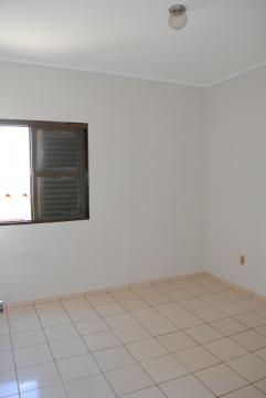 Alugar Apartamento / Padrão em Franca R$ 690,00 - Foto 10