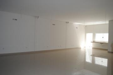 Alugar Comercial / Loja em Franca R$ 4.900,00 - Foto 2