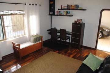 Casa / Padrão em Franca , Comprar por R$390.000,00