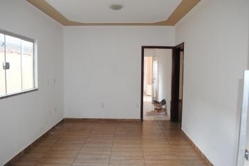 Casa / Padrão em Franca , Comprar por R$200.000,00