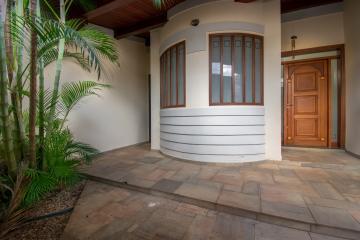 Alugar Casa / Padrão em Franca. apenas R$ 1.500.000,00