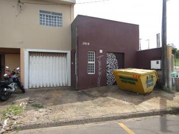 Alugar Comercial / Galpão em Franca. apenas R$ 1.000,00