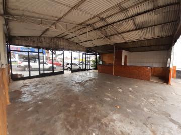 Alugar Comercial / Garagem em Franca R$ 2.000,00 - Foto 3