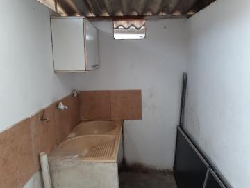 Alugar Comercial / Garagem em Franca R$ 2.000,00 - Foto 7