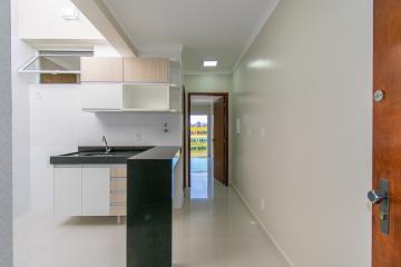 Alugar Apartamento / Kitnet em Franca R$ 700,00 - Foto 2