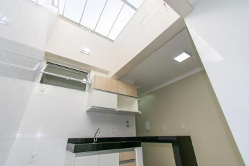 Alugar Apartamento / Kitnet em Franca R$ 700,00 - Foto 4