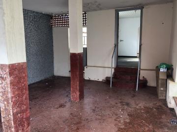 Alugar Casa / Bairro em Franca. apenas R$ 250.000,00