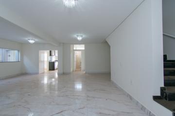 Alugar Casa / Padrão em Franca. apenas R$ 830.000,00