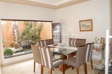 Alugar Casa / Padrão em Franca. apenas R$ 550.000,00