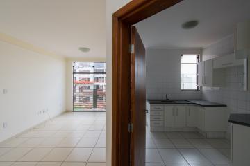Comprar Apartamento / Padrão em Franca R$ 250.000,00 - Foto 2