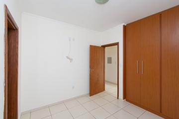 Comprar Apartamento / Padrão em Franca R$ 250.000,00 - Foto 7