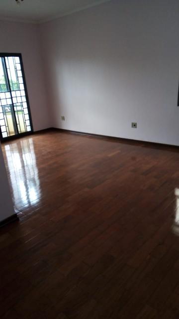 Alugar Apartamento / Padrão em Franca. apenas R$ 330.000,00