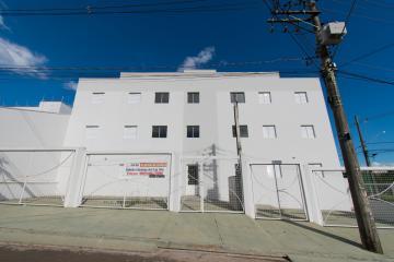 Alugar Apartamento / Padrão em Franca. apenas R$ 135.000,00