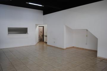 Alugar Comercial / Loja em Franca R$ 2.500,00 - Foto 4